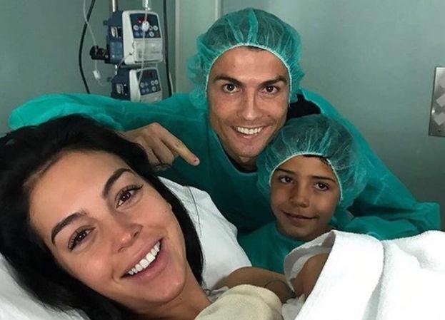 """Ronaldo został ojcem PO RAZ CZWARTY! """"Jesteśmy bardzo szczęśliwi"""" (FOTO)"""