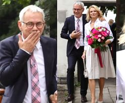 Rozanieleni Janowscy pląsają przed kościołem w drodze na odnowienie przysięgi małżeńskiej (WIDEO)