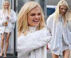 Zmarznięta Margaret w bieli odsłania szczupłe łydki przed studiem TVP (ZDJĘCIA)