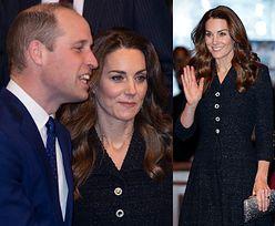 Elegancka księżna Kate w szytej na zamówienie kreacji towarzyszy Williamowi w teatrze. Piękna? (ZDJĘCIA)