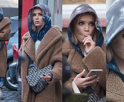Opatulona Maffashion z torebką Diora za 13 tysięcy złotych oczekuje na taksówkę, która zawiezie ją do narzeczonego (ZDJĘCIA)