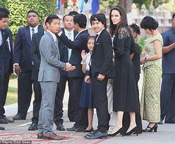 Angelina razem z dziećmi spotkała się z królem Kambodży! (ZDJĘCIA)