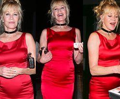 Uśmiechnięta Melanie Griffith w czerwieni świętuje swoje urodziny. Seksowna? (ZDJĘCIA)
