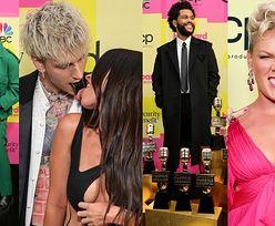 Billboard Music Awards 2021: Megan Fox i Machine Gun Kelly z CZARNYM JĘZYKIEM, nagrodzony The Weeknd i Pink z dziećmi (ZDJĘCIA)