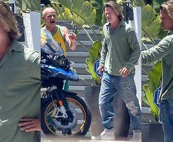Zapuszczony Brad Pitt podziwia warty ponad 80 TYSIĘCY ZŁOTYCH motocykl basisty Red Hot Chilli Peppers (ZDJĘCIA)
