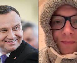 """Maciej Stuhr """"ROZPŁYWA SIĘ"""" nad Andrzejem Dudą: """"Przystojny, rezolutny. Potrafi zmniejszyć zwiększającą się ilość wirusa w powietrzu"""""""