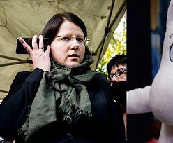 """Ograniczająca prawa kobiet Kaja Godek doczekała się odpowiedzi od... MUMINKÓW: """"To jest NIE DO ZAAKCEPTOWANIA"""""""
