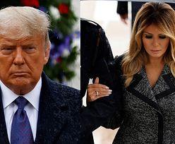 Ponury Donald Trump w towarzystwie szykownej Melanii składa wieniec na cmentarzu (ZDJĘCIA)