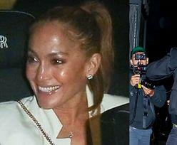 Rozbawiona Jennifer Lopez i rozwścieczony Ben Affleck mierzą się z hordą paparazzi (ZDJĘCIA)