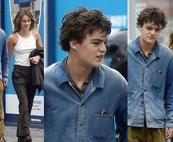 Dawno niewidziany syn Johnny'ego Deppa i Vanessy Paradis wędruje po ulicach Londynu w towarzystwie ukochanej (ZDJĘCIA)