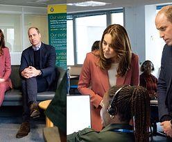 Ostrożny książę William ODMAWIA uścisku dłoni podczas wizyty w centrum powiadamiania ratunkowego (ZDJĘCIA)