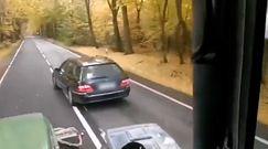 Mercedes kontra ciągnik. Rolnik ze Śląska wszystko nagrał