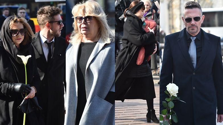 Pogrzeb Pawła Królikowskiego. Rodzina i gwiazdy żegnają aktora
