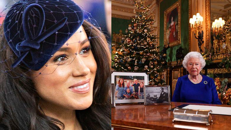 Królowa Elżbieta składa świąteczne życzenia z USUNIĘTYM Z BIURKA PORTRETEM Meghan i Harry'ego! (FOTO)