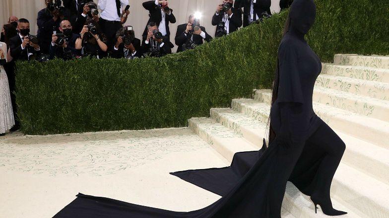 Kim Kardashian WYJAŚNIA ZNACZENIE kontrowersyjnej kreacji z Gali MET 2021