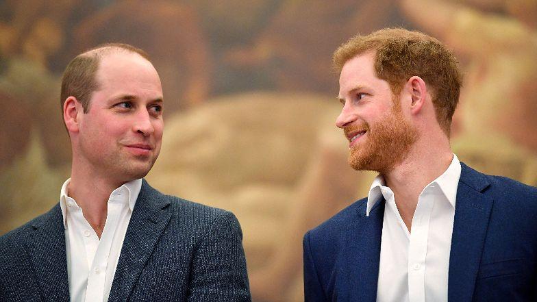 Książę Harry i książę William opuścili kaplicę po pogrzebie Filipa, pogrążeni w rozmowie. Zakopali topór wojenny?