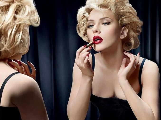 Zgadnij, kto udaje Marilyn Monroe...
