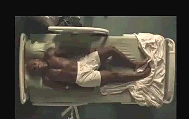 "25 kilo chudszy 50 Cent w ""Things Fall Apart""! (WIDEO)"