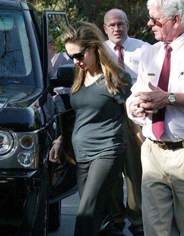 Angelina Jolie oficjalnie w ciąży! I to z kim!