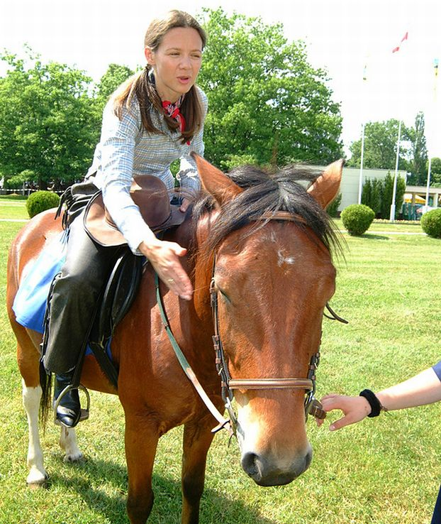 Rusin mogła spaść z konia...