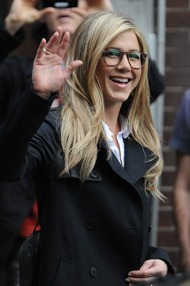Aniston też adoptuje?