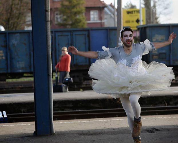 Marcin Dorociński jako... baletnica! (FOTO)
