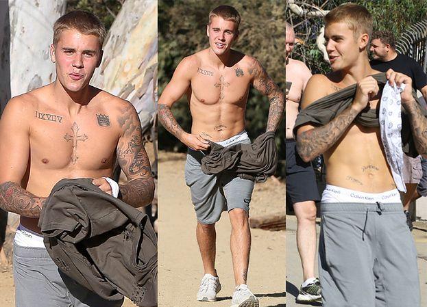 Justin Bieber bez koszulki! Zobaczcie jego tatuaże (ZDJĘCIA)
