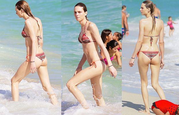 Andreja Pejic w bikini na plaży w Miami! (ZDJĘCIA)