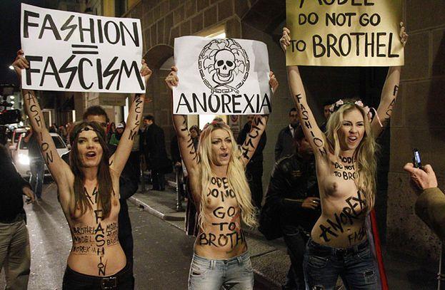 NAGI PROTEST... przeciwko anoreksji!