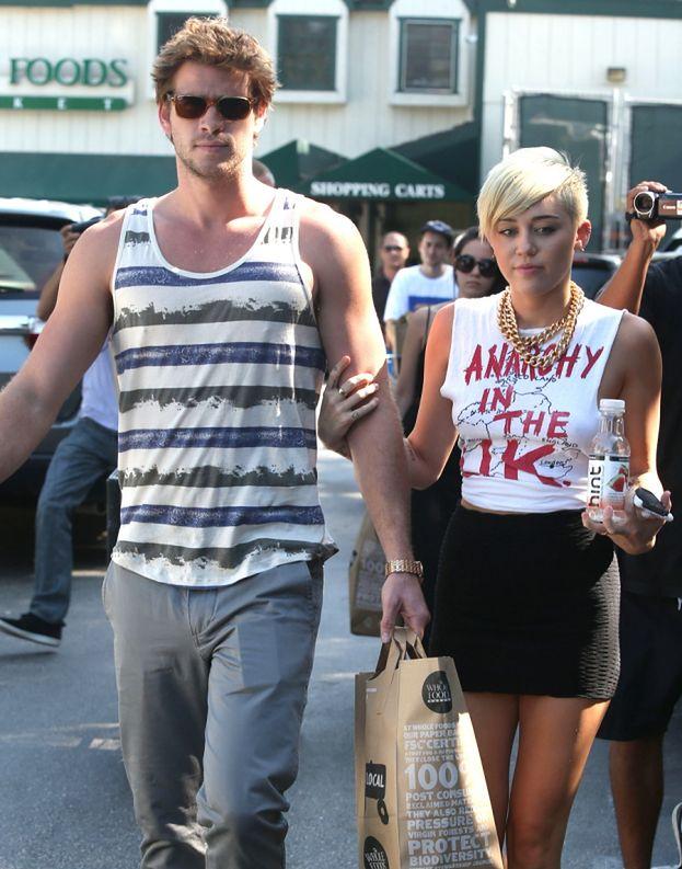 Miley i Liam IDĄ NA TERAPIĘ!