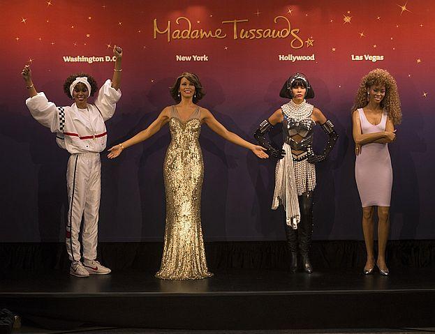 Cztery FIGURY WOSKOWE Whitney! (Zdjęcia)