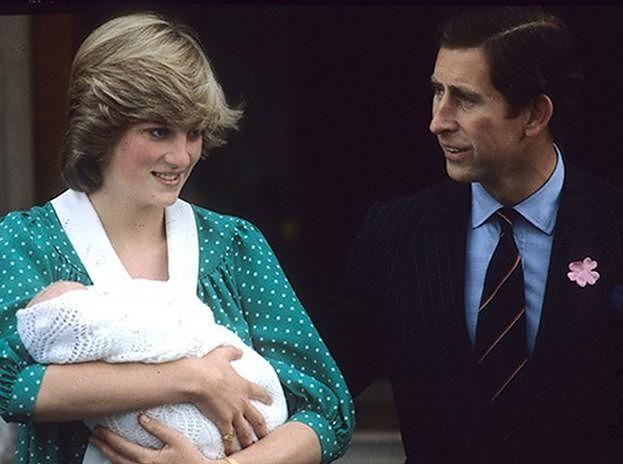 """Księżna Diana miała depresję po urodzeniu Williama: """"Czułam się zdesperowana, nie mogłam wytrzymać presji"""""""