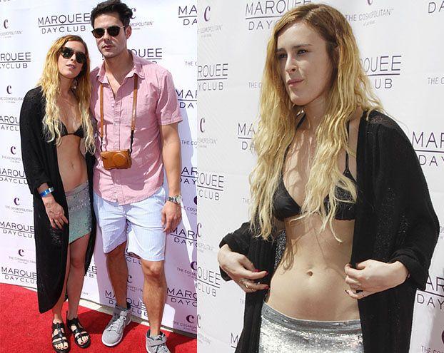 Córka Willisa w bikini na czerwonym dywanie... OFIARA MODY?