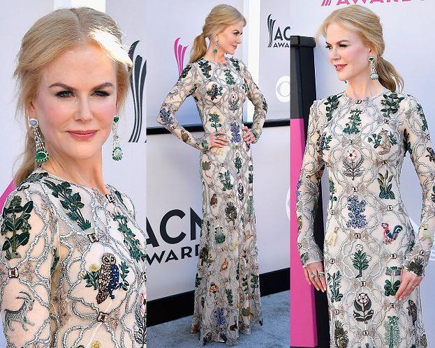 Coraz młodsza Nicole Kidman pozuje na ściance