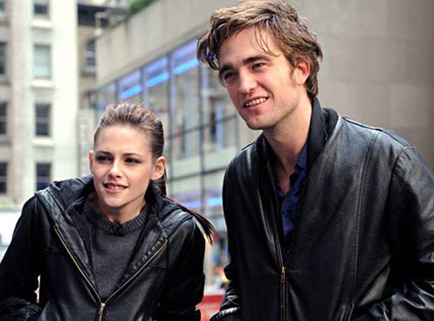 """""""Robert i Kristen planują ślub w marcu"""""""