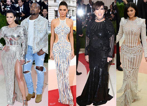 Rodzinka Kardashianek i Kanye West na gali MET! (ZDJĘCIA)