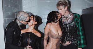 """Megan Fox i Kourtney Kardashian całują się W TOALECIE z """"przyszłymi tatusiami ich dzieci"""" (ZDJĘCIA)"""