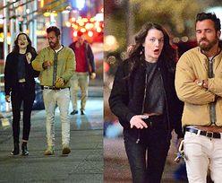 Wyluzowany były mąż Jennifer Aniston spaceruje nocą w towarzystwie tajemniczej brunetki (FOTO)