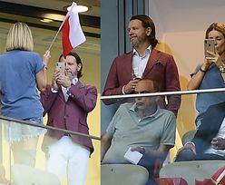 Radosław Majdan urządził żonie sesję zdjęciową podczas śpiewania hymnu