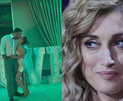 """Justyna Żyła całuje się z chłopakiem przed napisem """"LOVE"""" na weselu Karoliny Małysz (FOTO)"""