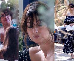 Naturalna Monica Bellucci zajada przysmaki podczas urlopu w Grecji (FOTO)