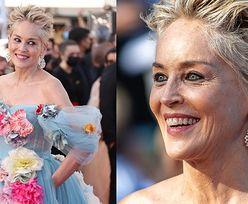 63-letnia Sharon Stone w kwiecistej sukni Dolce & Gabbana zadaje szyku w Cannes. Piękna? (ZDJECIA)