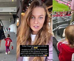 """Anna Lewandowska PO RAZ PIERWSZY przyprowadziła Laurę na mecz Lewego: """"Czas kupić dla dziewczynek NOWE KOSZULKI"""" (ZDJĘCIA)"""
