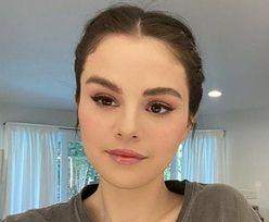 """""""Ciałopozytywna"""" Selena Gomez pozuje w BIKINI i pokazuje, jak wygląda jej ciało BEZ RETUSZU! (ZDJĘCIA)"""