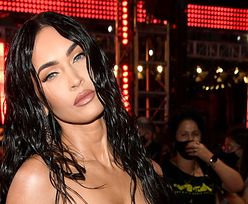 MTV VMA. Półnaga Megan Fox ZACHWYCA na czerwonym dywanie (ZDJĘCIA)