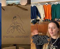 """TYLKO NA PUDELKU: Jessica Mercedes """"ZAINSPIROWAŁA SIĘ"""" cyklem spotkań studia jogi przy tworzeniu nowej kolekcji?"""
