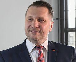 """Przemysław Czarnek chce dzieł Jana Pawła II na liście lektur. """"Musimy kończyć ze ZGNILIZNĄ systemu szkolnictwa wyższego"""""""
