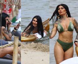 """""""Królowa życia"""" Anna Renusz pluska się w morzu i poprawia makijaż na plaży w Sopocie (ZDJĘCIA)"""