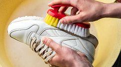 Skuteczne czyszczenie białych butów. Nie potrzebujesz drogiej chemii