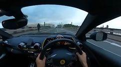 Ferrari na moście. Rozpędzony kierowca wszystko nagrał